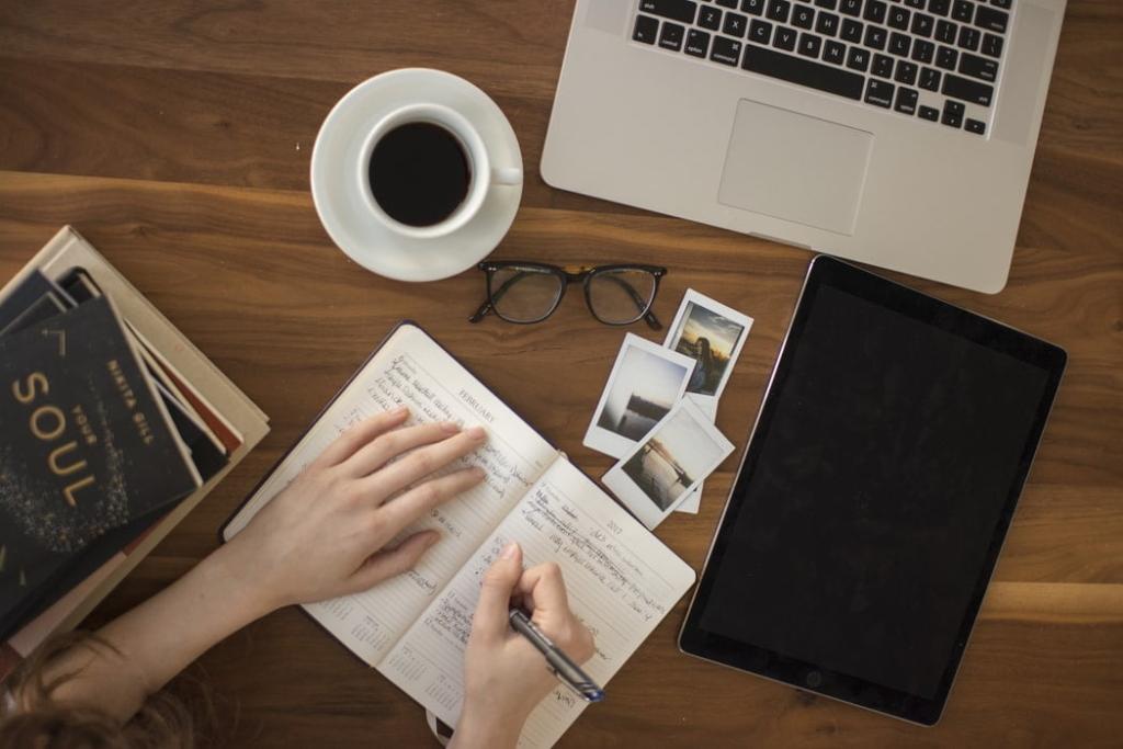 勉強 1 1024x683 - Webライティングに有利な資格7選|効果的な勉強法もご紹介!