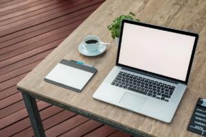 mockup 2443050 1280 1 300x200 - 早く書くコツ|ライティング・ブログ初心者におすすめする7つの方法