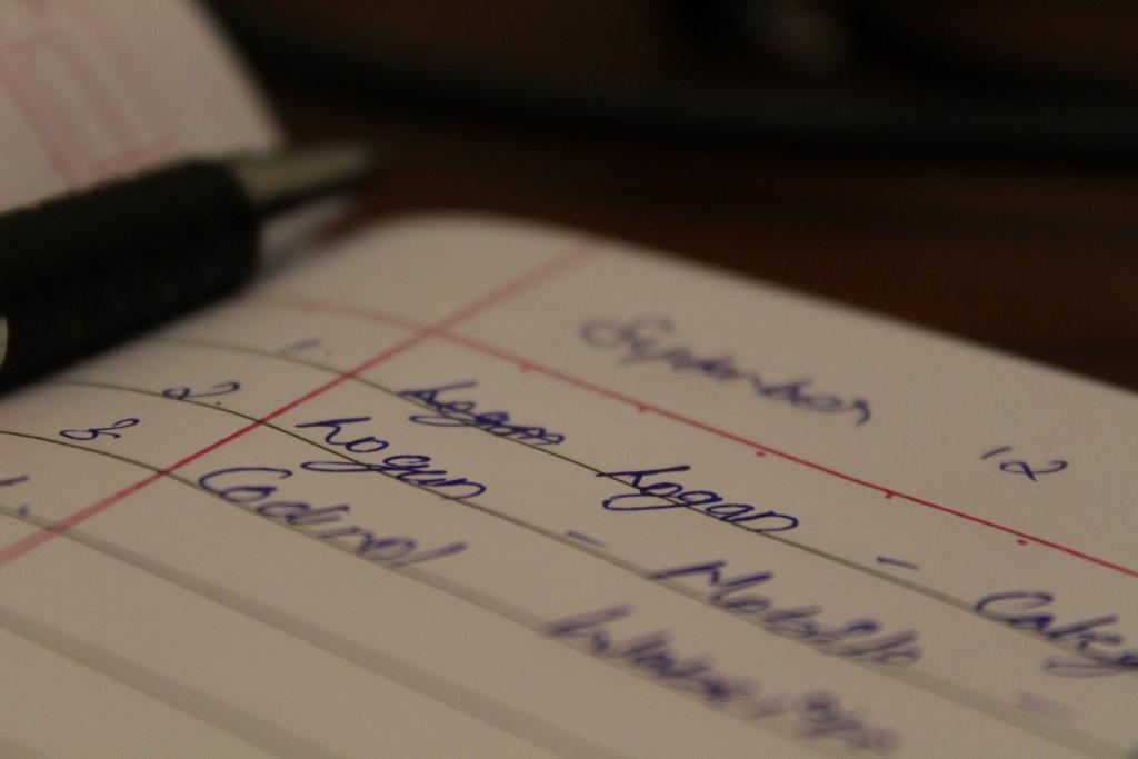 pen 2749479 1920 1024x683 - PREP法とは?プレゼンや文章構成に使える具体的な例文をご紹介!