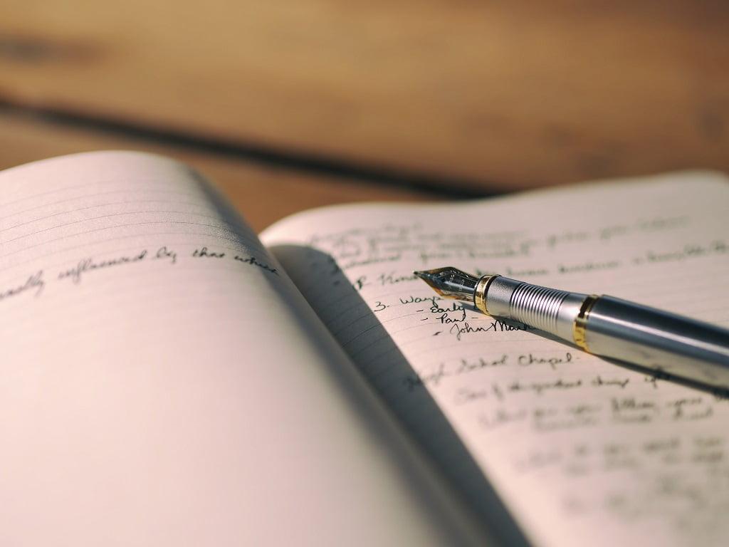【パラグラフライテイング】パラグラフライティングとは - パラグラフライティングとは?論理的で伝わる文章の書き方5ステップを紹介